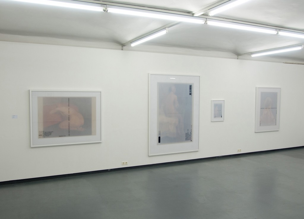 Installation-view-'Kniender